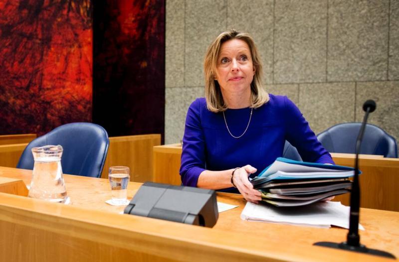 Tweede Kamer stemt referendum weg