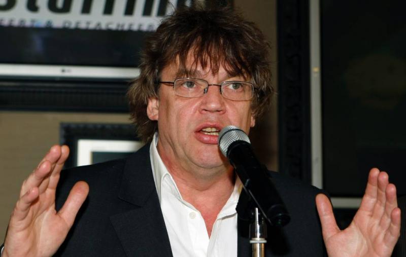 Henk Westbroek 'voor het geld' in tv-show