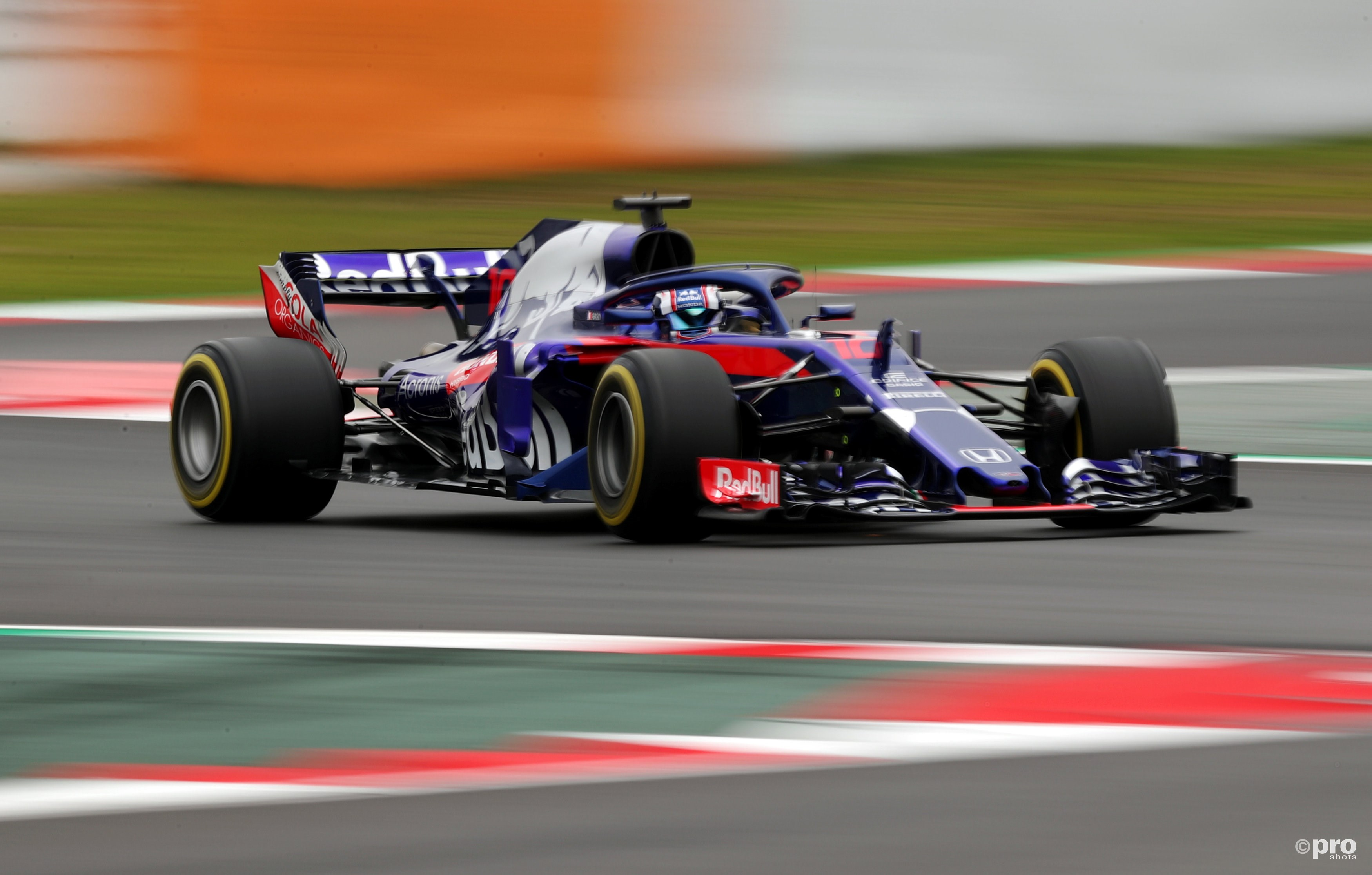 Toro Rosso STR13 (Pro Shots/Action Images)