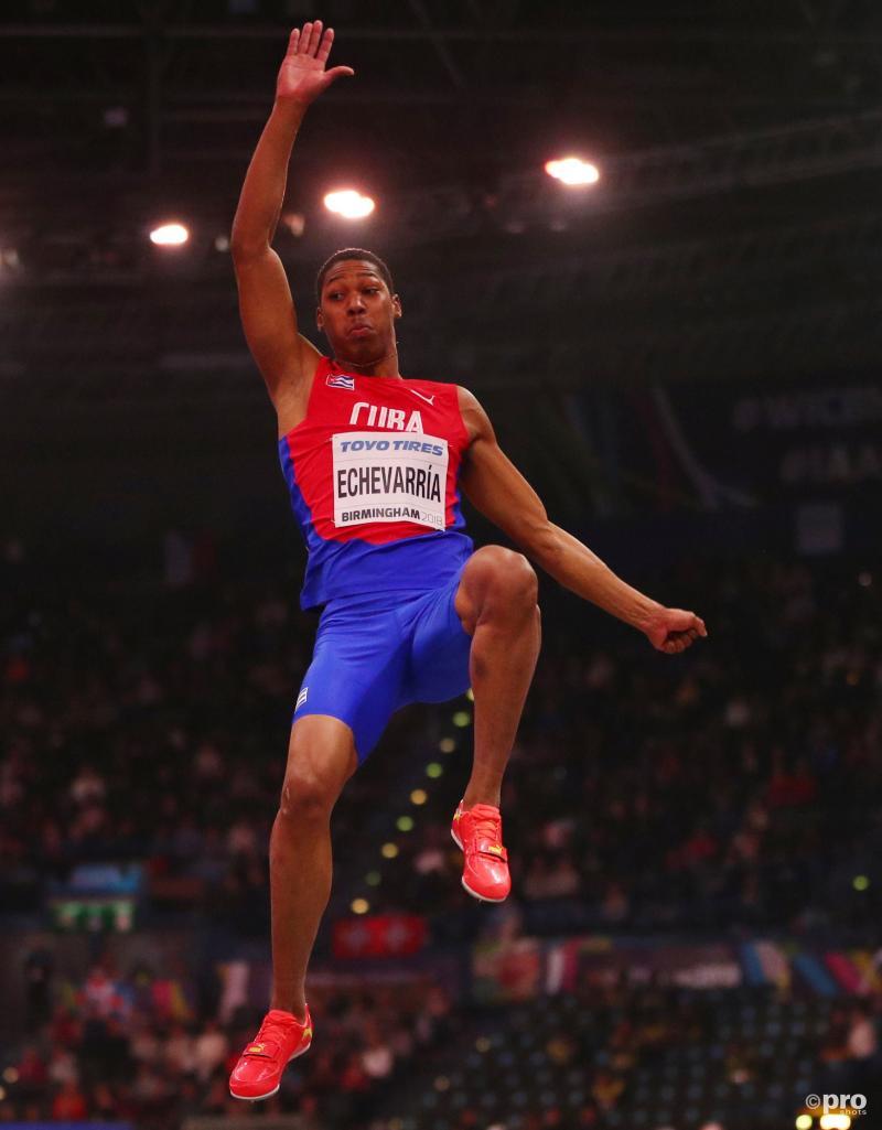 Echevarria springt naar goud (Pro Shots/Action Images)
