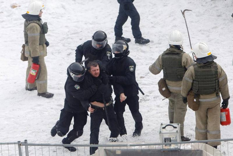 Oekraïense politie ontruimt tentenkamp