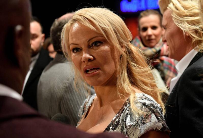 Pamela Anderson vreesde magische krachten
