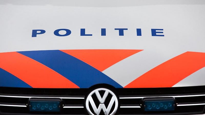 Man in auto getrokken en beroofd (Stockfoto Politie.nl)