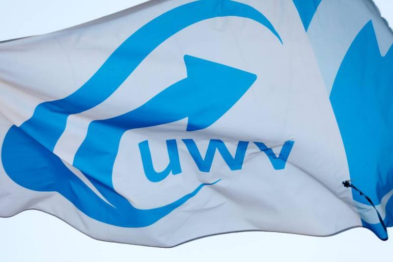 UWV koerst af op strop van zeker 122 miljoen