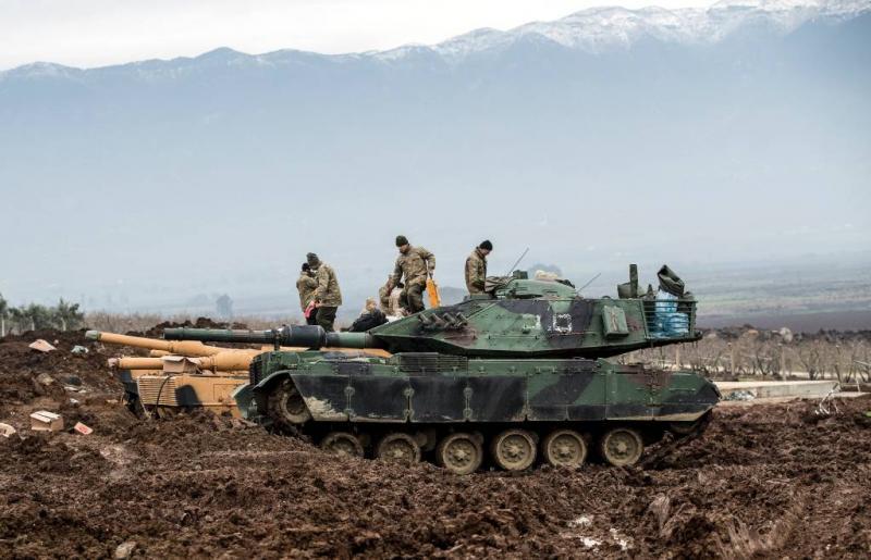 Turks leger rukt op tot buitenwijken Afrin