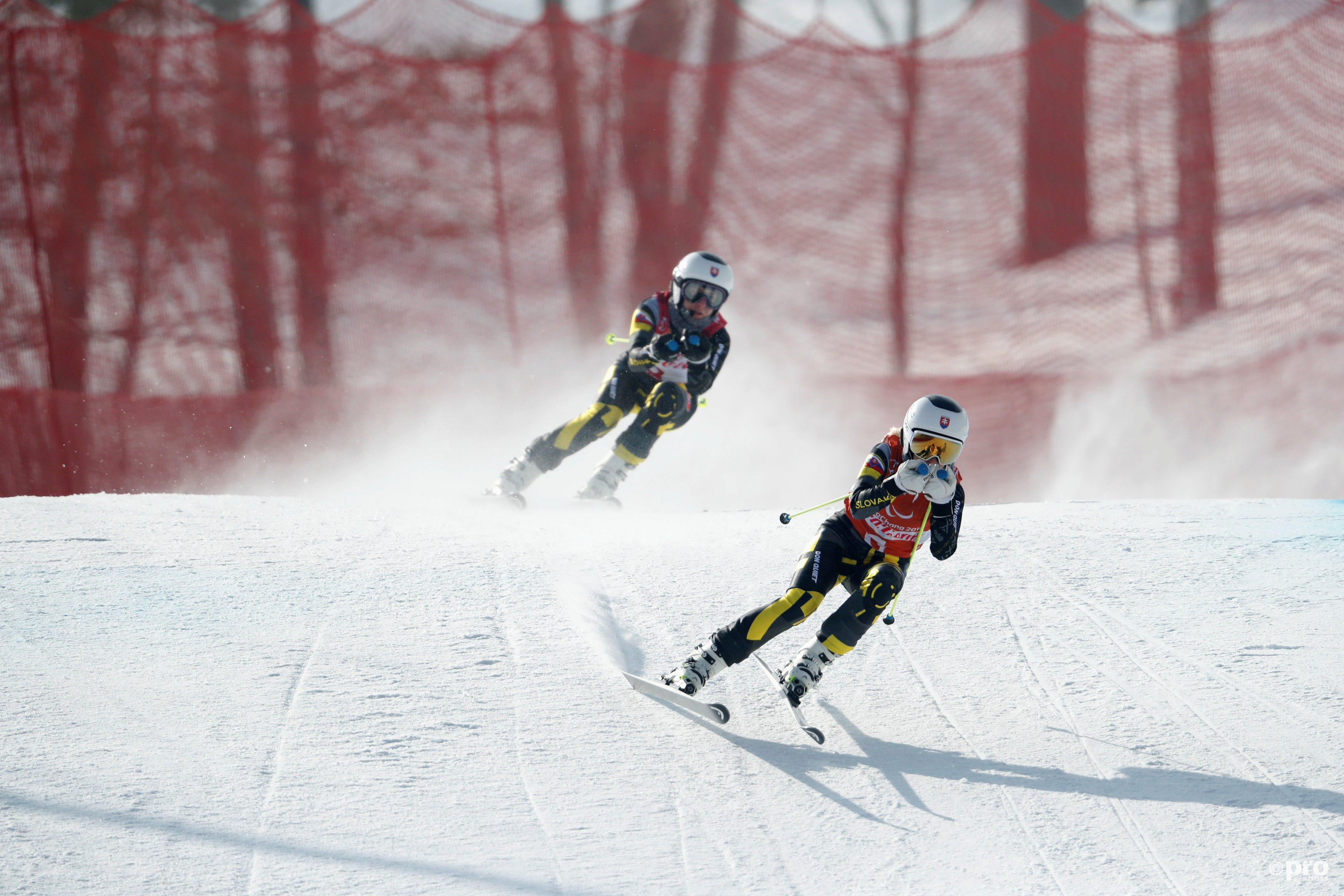 Farkasova en gids Subrtova tijdens de gouden afdaling (Pro Shots/Action Images)