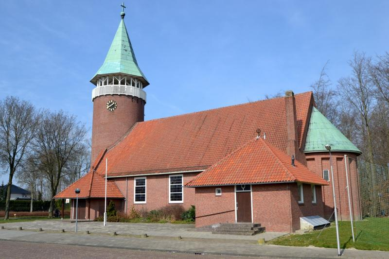 Authentieke kerk in Luttelgeest  (Foto: Funda)