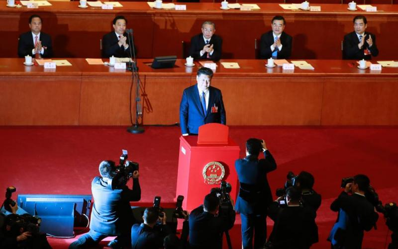 Xi mag langer aanblijven van Volkscongres