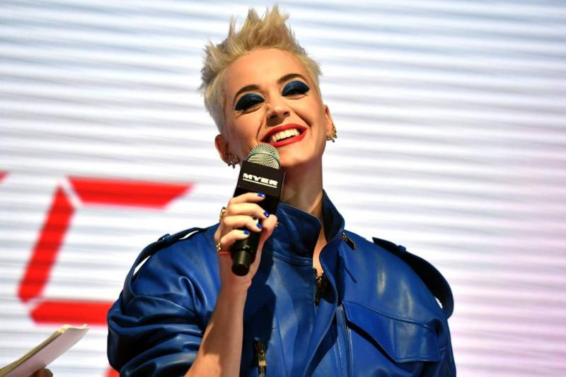 Non overlijdt in rechtszaak tegen Katy Perry