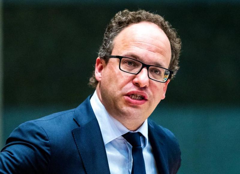 Kamer: 'betuttelende' inburgertest op de schop