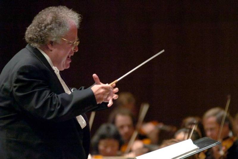 Dirigent eist miljoenen van Opera New York