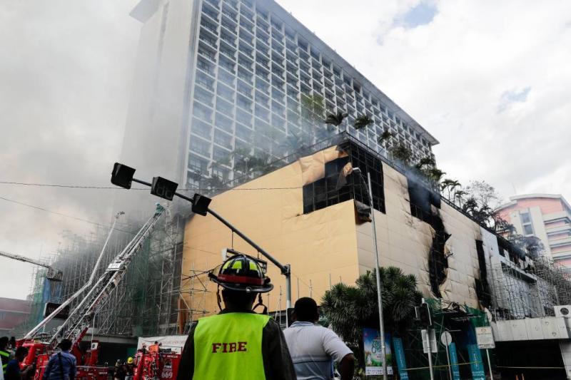 Doden bij brand toeristenhotel Manilla
