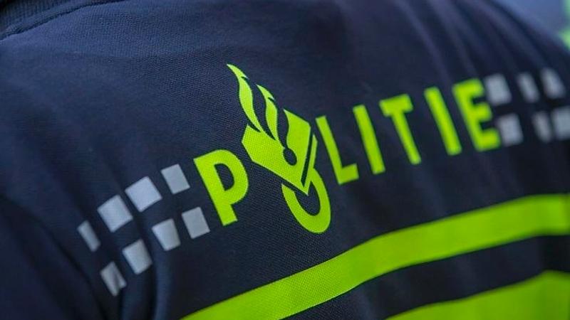 Dronkelap neemt benenwagen na eenzijdig ongeval (Foto: Stockfoto politie.nl)