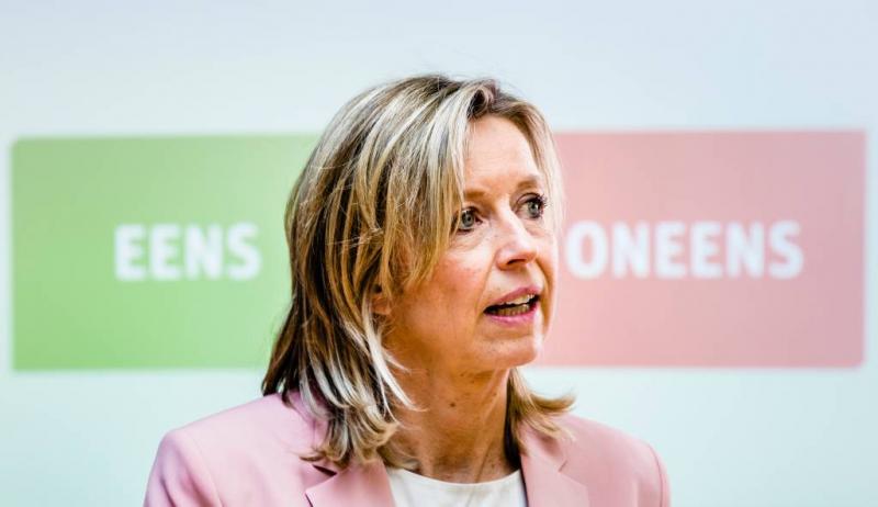 Ollongren: kabinet gaat nee-stem wegen