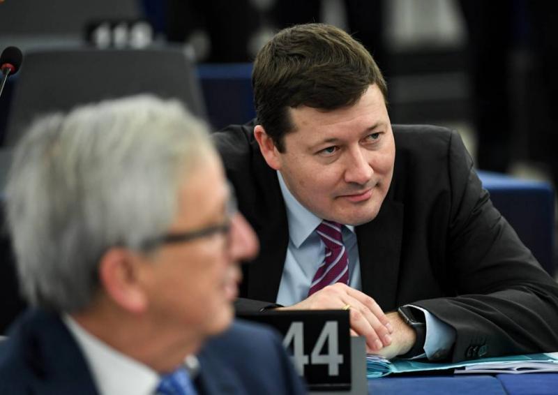 Juncker gaat omstreden topman niet ontslaan