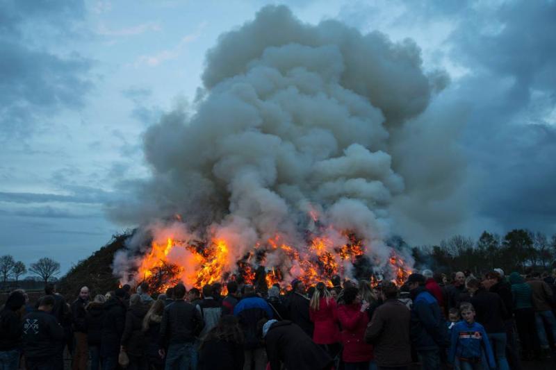 Paasvuren mogelijk tot in Rotterdam te ruiken