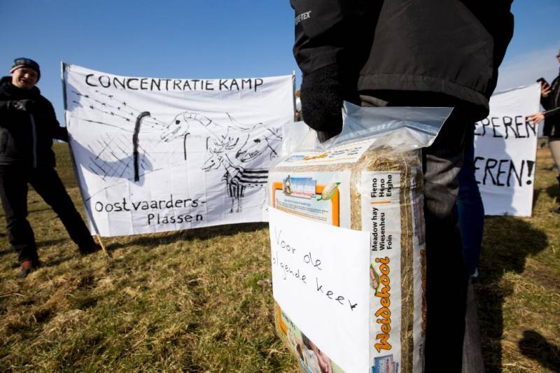 File door actie betogers Oostvaardersplassen