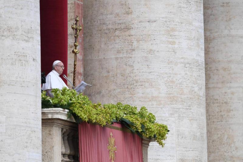 Paus uit zorgen over geweld in Heilige Land