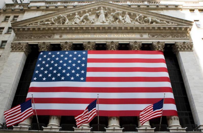 Forse klappen voor tech op rood Wall Street