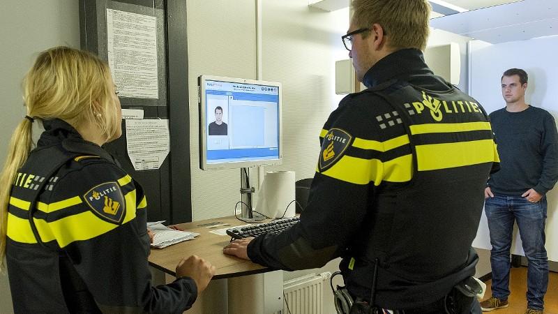 Domme overvaller thuis aangehouden (Foto: Stockfoto politie.nl)