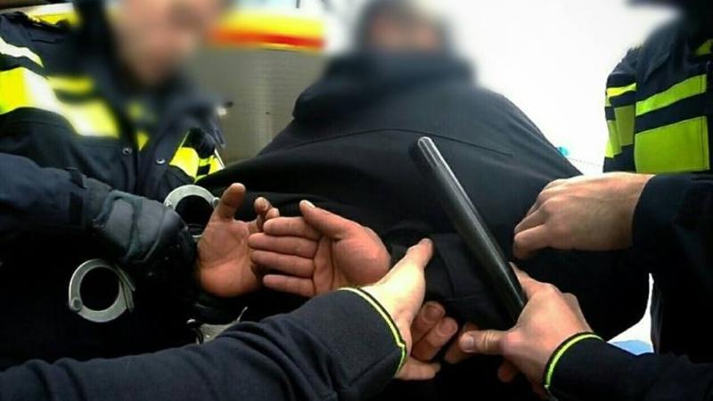 Agent pakt in vrije tijd vluchtende verdachte op (Foto: Stockfoto politie.nl)