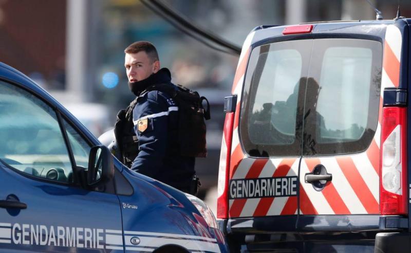 Politie ontruimt 'wetteloze zone' bij Nantes