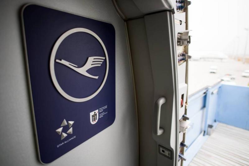 'AF-KLM en easyJet bieden samen op Alitalia'