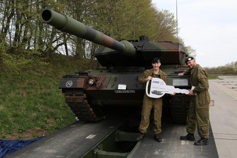 180411_147316_Leopard_II_A6MA2_800_533.JPG