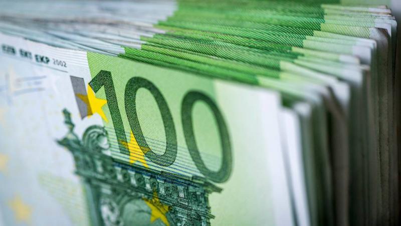 Vriendinnen vinden 26.000 euro tijdens uitje