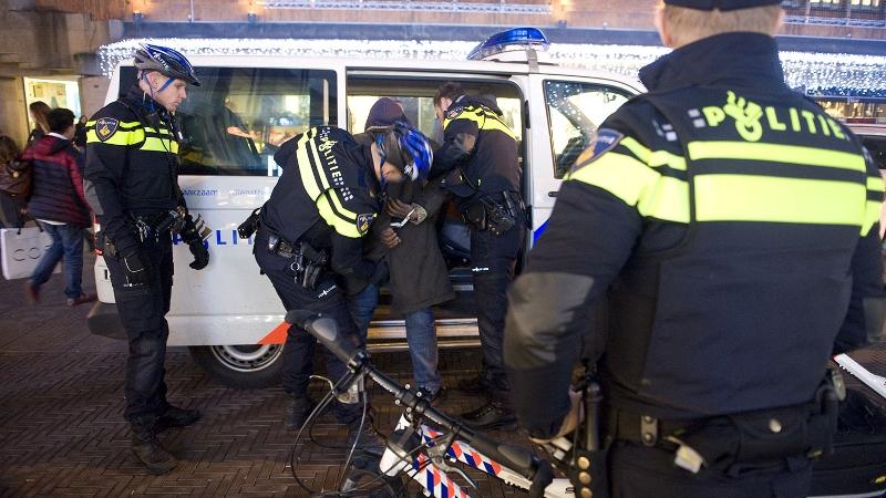 Inbrekers stelen woning (Foto: stockfoto politie.nl)