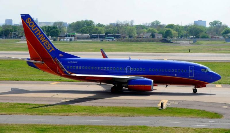 Passagier overlijdt bij noodlanding in VS