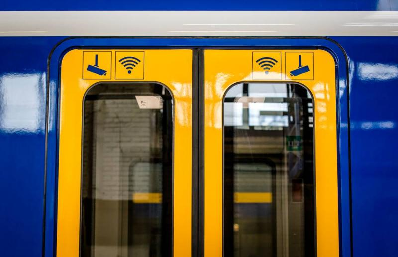 ProRail boos op fans voor slopen treinen