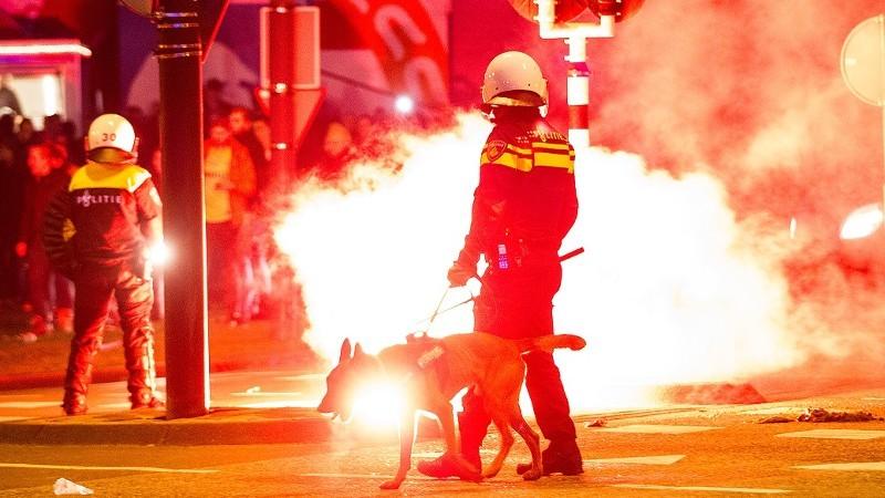 2 kinderen gewond bij huldiging Feyenoord (foto: stockfoto politie.nl)