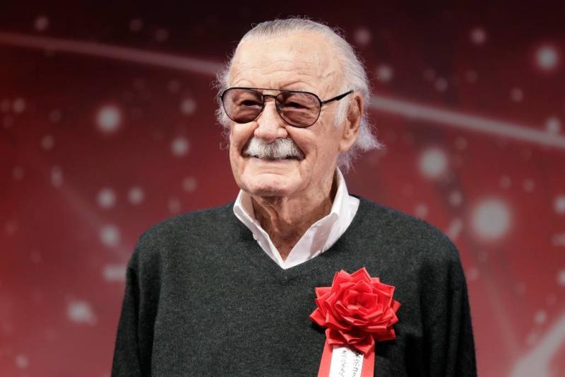 Masseuse klaagt Stan Lee aan wegens misbruik
