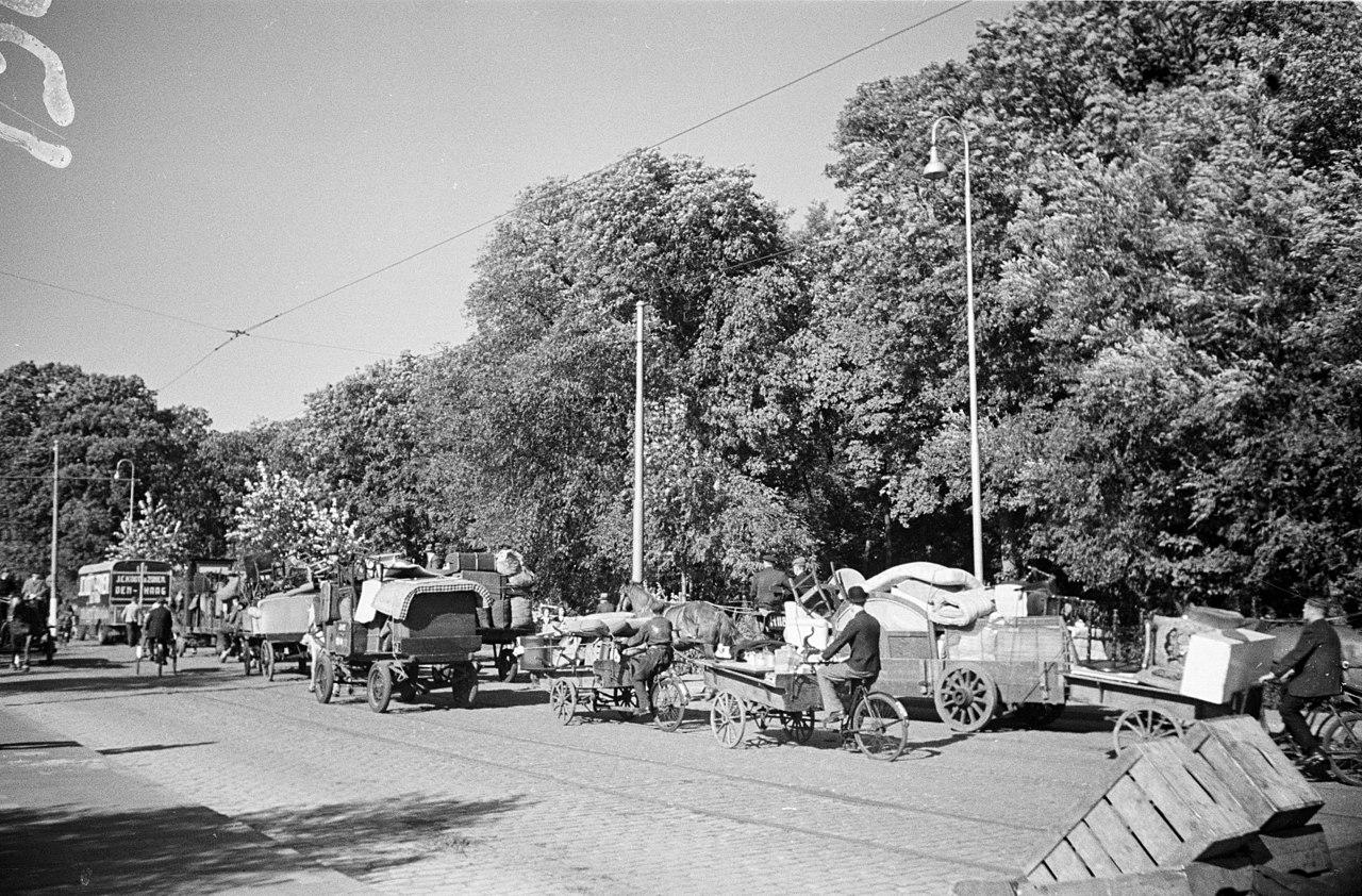 Evacuatie van bewoners uit de wijk Marlot te Den Haag en uit Wassenaar wegens lanceringen van V2 raketten (11/12 september 1944)