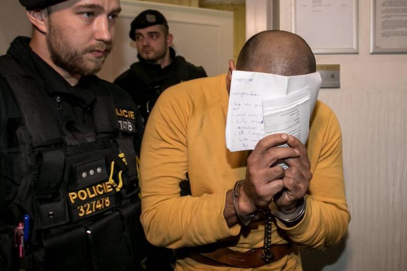 Voorwaardelijke straf mishandelaars ober