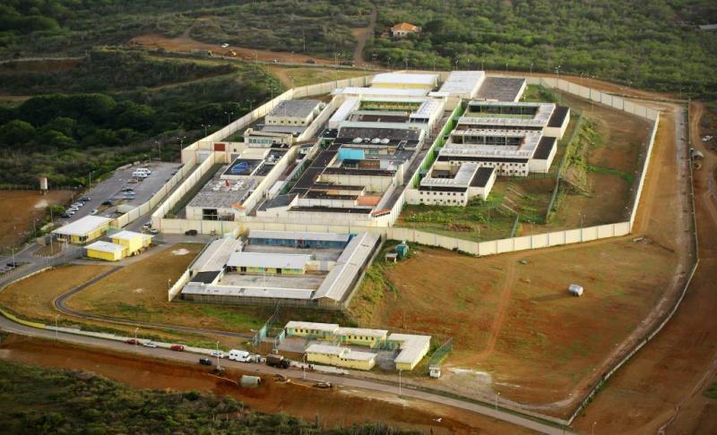 Gevangenen Curaçao 'bevoorraad' door drones