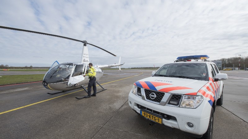 1000 euro boete voor Franse helikopterpiloten (Foto: stockfoto politie.nl)