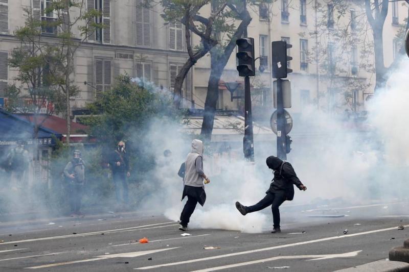 200 aanhoudingen in Parijs bij viering 1 mei