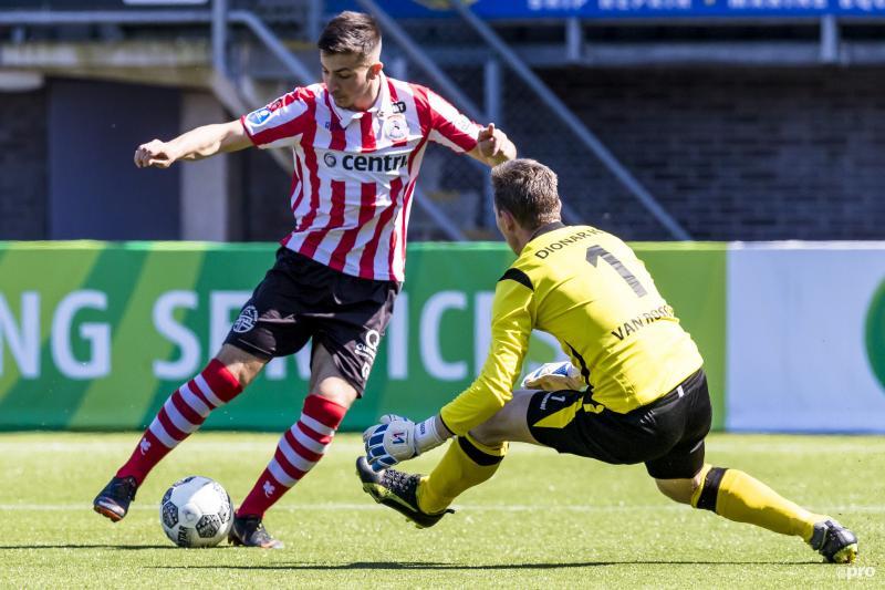 Jong Sparta-speler Halil Dervisoglu maakte er vijf vandaag (Pro Shots / Marcel van Dorst)