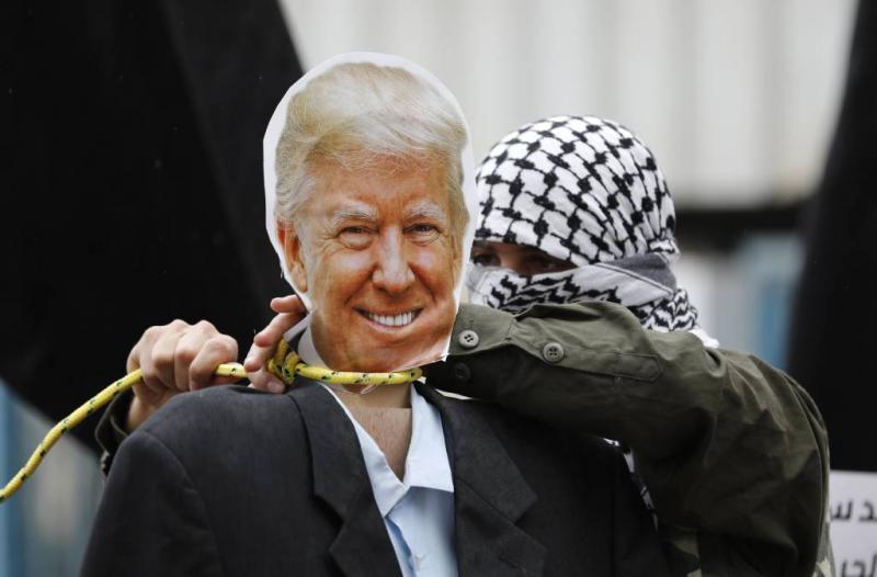 Trump niet naar opening ambassade Jeruzalem