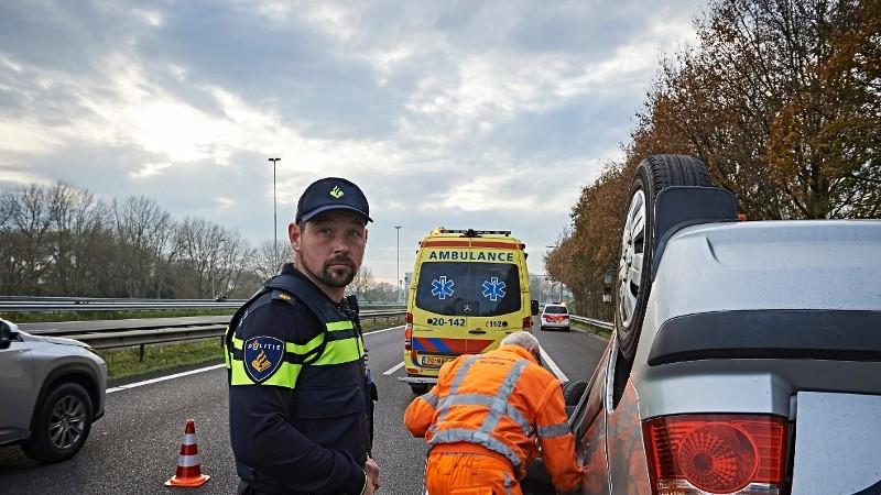 Frontale botsing: 1 dode, 3 zwaargewonden (Foto: Stockfoto politie.nl)