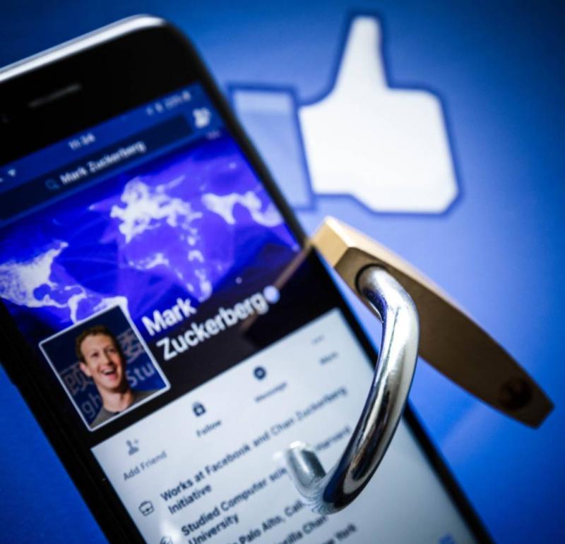 Facebook is Cambridge Analytica te boven