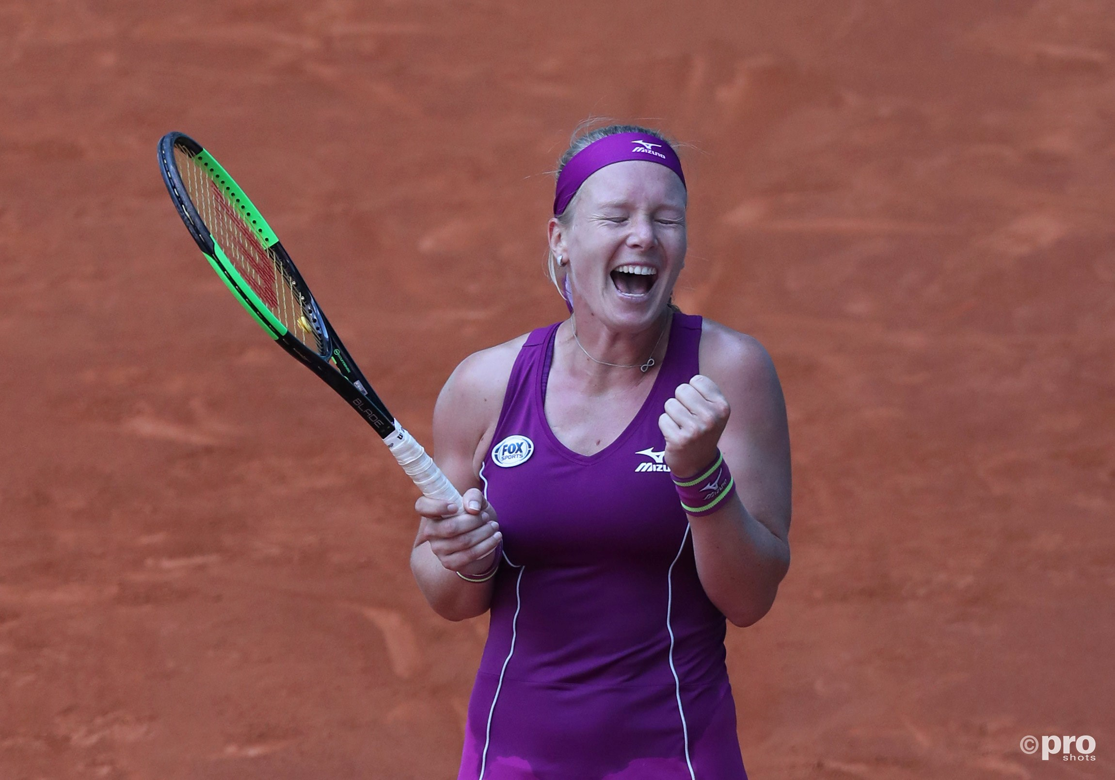 Bertens juicht na winst op Sharapova (Pro Shots / Action Images)