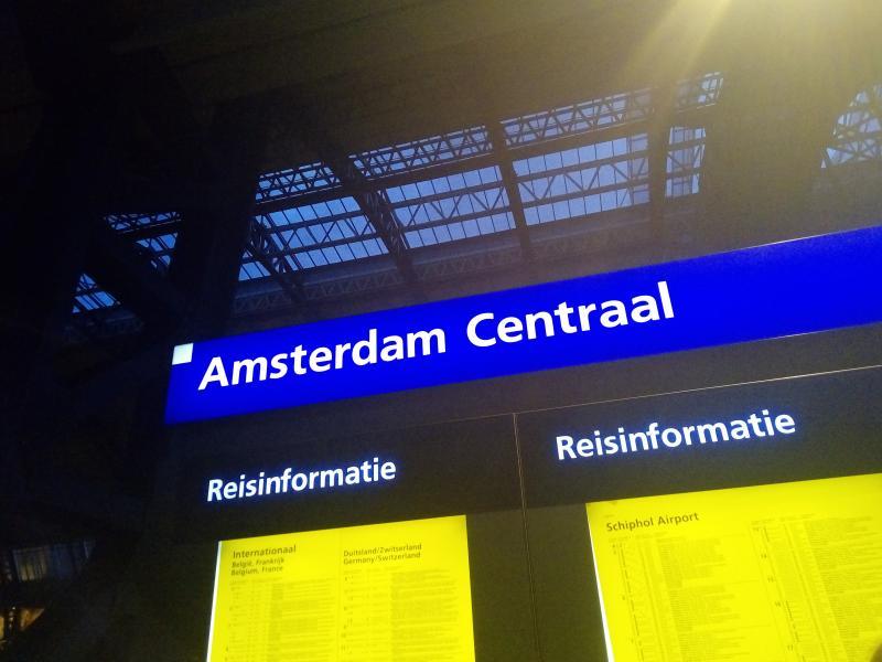 Amsterdam Centraal (Foto: FOK!)