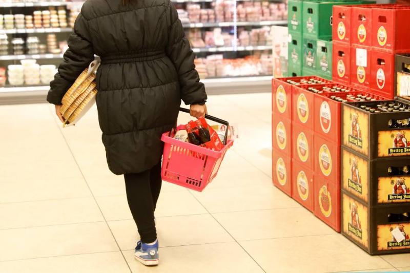 Kassa: boodschappen 8 procent duurder