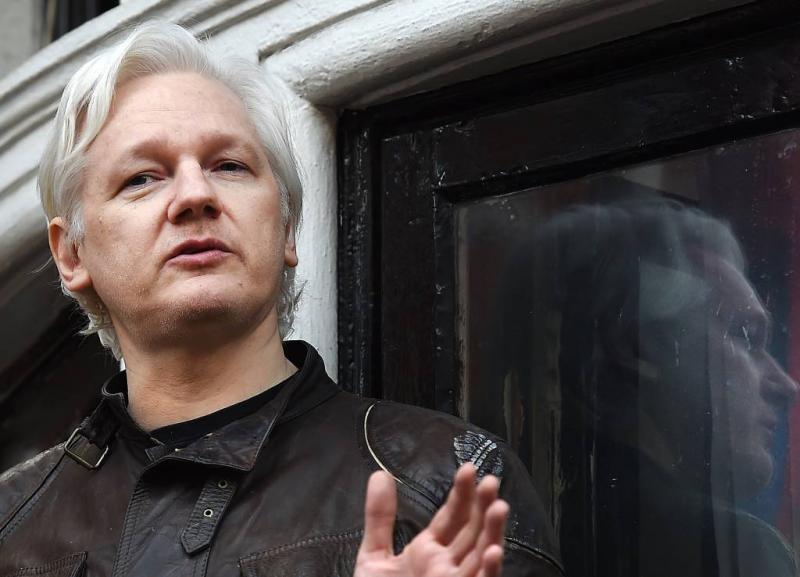 Ecuador heft extra beveiliging Assange op