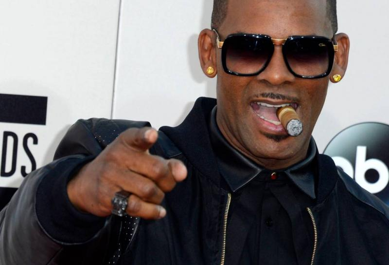 R. Kelly aangeklaagd voor misbruik