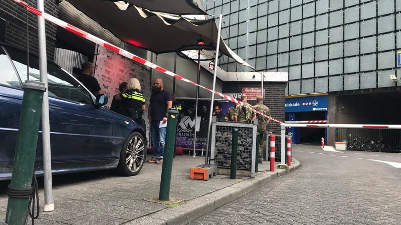 Kruiskade Rotterdam afgezet na mogelijk explosief (Foto: politie.nl)