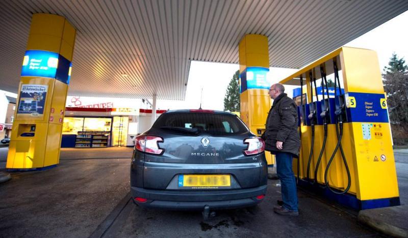 'Benzine op termijn 2 euro per liter'